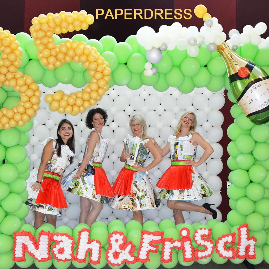 Tanzauftrag Paperdress